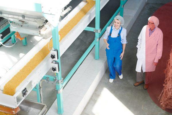 Las BPM en la industria alimentaria, en Grupo CCEIC nos especializamos en la contrucción de fábricas de alimentos